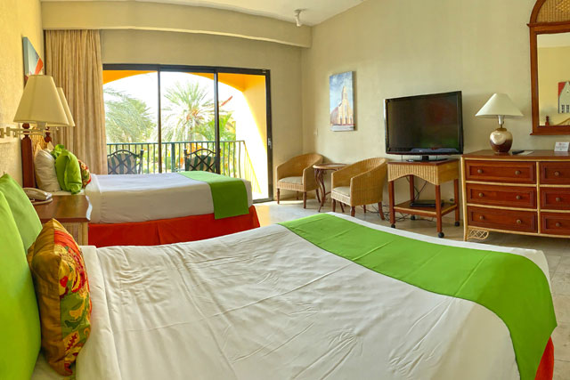The Royal Sea Aquarium Resort Jr Suite