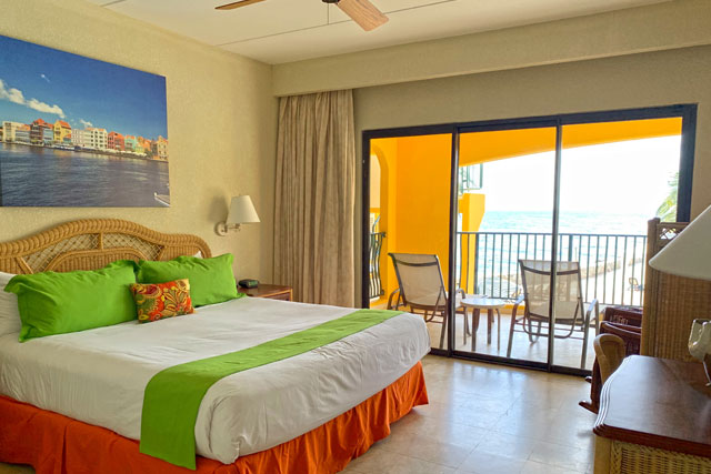 The Royal Sea Aquarium Resort one bedroom suite